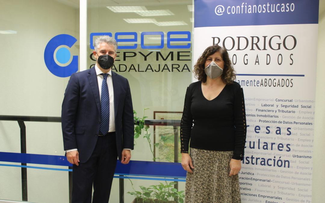 Rodrigo Abogados renueva su convenio de colaboración con CEOE-CEPYME Guadalajara